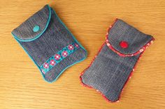 Handyhüllen aus alten Jeans / Cellphone pouches made from old pairs of jeans / Upcycling