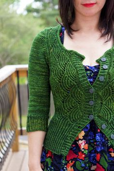 Ravelry: jettshin's Gyoen-October sweater II. Wow! This is immaculate! I wish there was a pattern