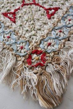 「フランスアンティーク 手織りテーブルランナー 」ココン・フワット Coconfouato [アンティーク&雑貨] アンティーククロス アンティークファブリック アンティークテキスタイル ファブリック レース --cloth--