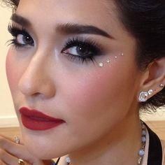 Thai Actress Make up Style