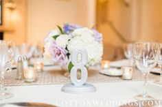 This chic table number makes this reception table look so modern! Thanks @cottonweddings for sharing!
