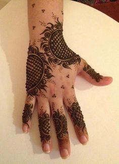 Best Floral Henna Hand Design