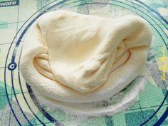cine vine si m ajuta cind yo zic doamne ajuta zice petruta dinu Fondant, Romanian Food, Romanian Recipes, Pasta, Sugar Paste, Mousse, Icing, Cake Decorating, Deserts