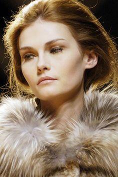 Hot Tatiana Usova  Image 16922 - more at http://modell.photos Topmodel Catwalk 2014 Fashion