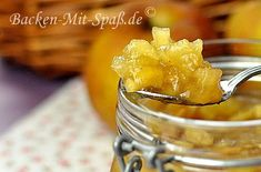 Jam with caramelized fried apples Apple Jam, Fried Apples, Biscuits And Gravy, Healthy Cake, Baked Pumpkin, Pumpkin Dessert, Baking Recipes, Breakfast Recipes, Peanut Butter