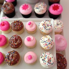 i'd love to know how to do the signature swirl someday - georgetown cupcakes <3
