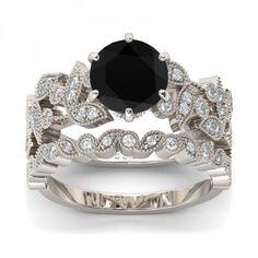I found this beautiful item - Jeulia Leaf Shape Round Cut Black Diamond  Wedding Set from Jeulia.com, they offer premium quality jewelry at affordable price. Like it?