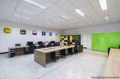 Área de trabalho - Projeto Corporativo Empresa: Going 2 Mobile  Autora do Projeto: Arq Cláudia F Ferreira Local: Votorantim SP Data: 2015 Foto: Rui Antunes  www.claudiafarquitetura.com.br