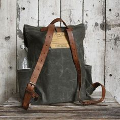 Waxed Canvas Backpack Rogue in Moss Rucksack Waxed Canvas
