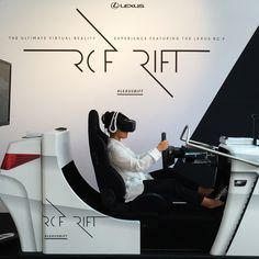Car manufacturer Lexus has unveiled a new virtual reality simulator they have created using the awesome Oculus Rift VR headset to provide users with a VR Car Experience, Interior Design Colleges, New Lexus, Virtual Reality Games, Marketing Approach, Experiential Marketing, New Sports Cars, Interactive Installation, Driving Test