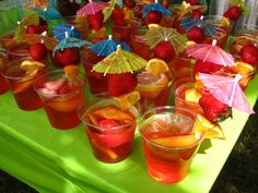 Great website for tropical bridal shower ideas Beach Bridal Showers, Unique Bridal Shower, Tropical Bridal Showers, Tropical Party, Tiki Wedding, Wedding Hair, Wedding Dress, Hen Night Ideas, Hen Ideas