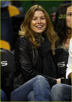 Ellen Pompeo I am obsessed with greys :)
