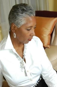 Sheila Agnew Author And Life Coach To Women Over 40 Short Grey Hair