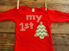 Another custom Shirt by Lil Threadz- If you want a completely custom shirt for any theme contact us in our Etsy shop! My first Christmas shirt baby holiday tee one-piece chevron candy cane Christmas tree baby present by lilthreadzclothing Candy Cane Christmas Tree, Christmas Tree Themes, First Christmas, Christmas Shirts, Christmas Applique, Chevron Christmas, Baby Presents, Holiday Fun, Christmas Holiday