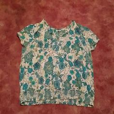 Blue and Green Top, purple shirt, and coral shorts It is blue and green. Perfect for spring!   Please feel free to make an offer, I have a lot of clothes I am trying to sell due to losing weight. Bundle for Fashion Bug Tops Blouses