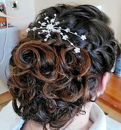 Bridal upstyle Bridal, Fashion, Moda, Bride, Fasion, Brides, Wedding Dress, The Bride