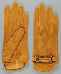 Woman's gloves - Lavabre Cadet - France late 1950s. Rust brown suede w/metal detail.