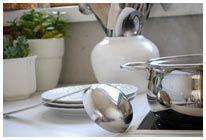 Die Küche zum glänzen bringen