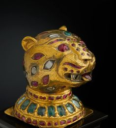 """""""Treasures from India: Jewels from the Al‑Thani Collection""""."""