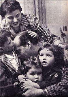 Ingrid Bergman & Roberto Rossellini with their children