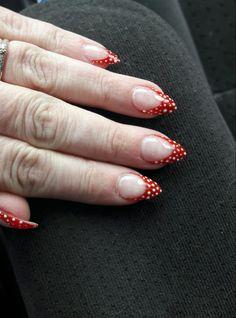 Nails, polka dots
