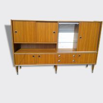 Buffet haut seventies
