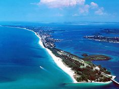 Anna Marie Island boasts shopping, great lunch places, beautiful beaches, and a 100 year old fishing pier.