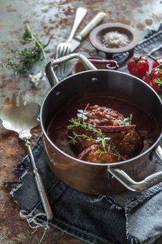 Meatloaf with spiced tomato sauce. Incredibly moist and loaded with flavour | heneedsfood.com
