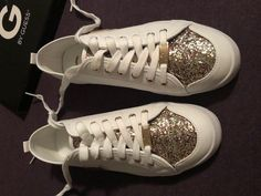 0cc839288e0b2 G by GUESS Mallory Multicolored Glitter White Sneakers Shoes NWB 9.5 Pretty  White Sneakers