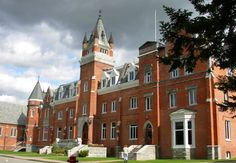 This is Bishop's University. It is in Sherbrooke Quebec. I would love to attend this university when I am older.