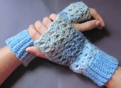 Free Crochet pattern fingerless gloves: so have these in cream color- same pattern and everything