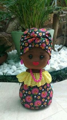 Doll Crafts, Sewing Crafts, Sewing Projects, Diy And Crafts, Crafts For Kids, African Dolls, Sewing Dolls, Soft Dolls, Felt Toys
