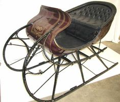 Antique sleds | 252: ANTIQUE HORSE DRAWN SLEIGH ALBANY CUTTER SLED : Lot 252