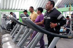 Nezahualcóyotl, Méx. 12 Mayo 2013. Además del acondicionamiento físico, otro de los rubros que se imparten es el de Ética Policial que es básica para la formación de agentes de seguridad promotores y respetuosos del estado de derecho.