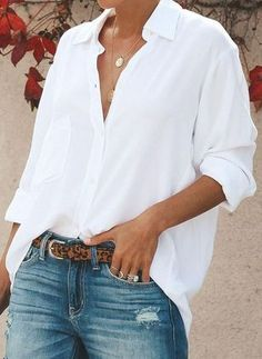 White Shirts Every wardrobe needs this go-to style solution. The perfect must-have to create any outfit and style any day of the week.Every wardrobe needs this go-to style solution. The perfect must-have to create any outfit and style any day of the week. Summer Work Outfits, Spring Outfits, Spring Dresses, Mode Outfits, Fashion Outfits, Women's Fashion, Feminine Fashion, Ladies Fashion, Lolita Fashion