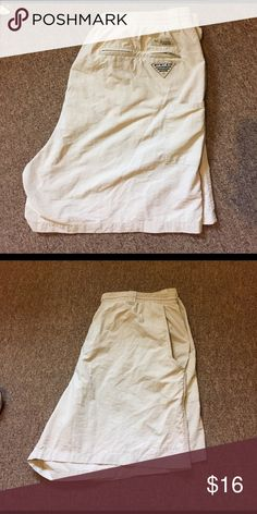 Men's Columbia PFG Shorts Have been worn, but still a lot of wear left Columbia Shorts