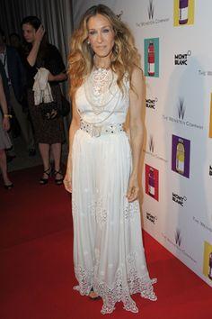 Sarah Jessica Parker, en el evento organizado por The Weinstein Company, con un vestido de tela perforada de Dolce & Gabbana