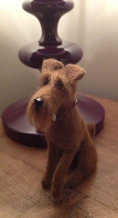 Needle felted Irish Terrier. I so want to do thiiissss :DDD #felteddog