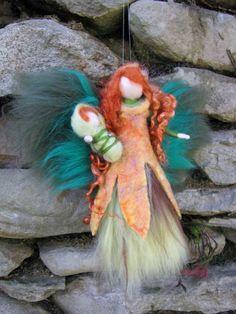 DEIRDR - Irische Waldfee, Wolle, Märchenwolle, Waldorf, Jahreszeitentisch, Blumenfee, Waldfee, Naturfee