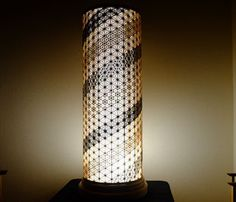 秦野行灯 佐藤建具工房 hadano-andon - 秦野行灯 hadano-andon Japanese Lamps, Beautiful Patterns, Lamp Light, Lighting Design, Pattern Design, Furniture Design, Table Lamp, Flooring, Lights
