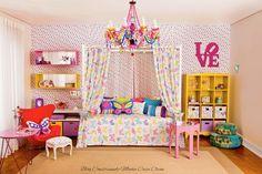 color ideas for mileys room Comfy Bedroom, Girls Bedroom, Bedroom Decor, Purple Rooms, Daughters Room, Kids Decor, Home Decor, Little Girl Rooms, Fashion Room