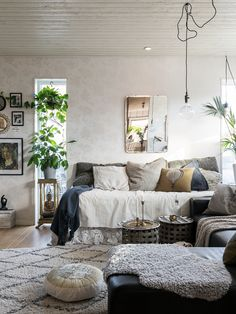Salon cosy et très hygge