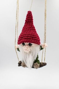 Gnome On A Swing Christmas Ornament Free Crochet Pattern Crochet Christmas Wreath, Crochet Christmas Decorations, Christmas Craft Projects, Crochet Decoration, Holiday Crochet, Christmas Tree, Crochet Ornament Patterns, Crochet Snowflake Pattern, Crochet Ornaments