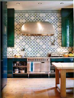 Combineer de tegels met de kleuren van je interieur | ELLE