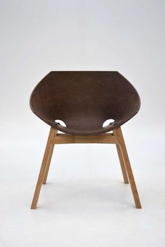 """Corkigami"": the Cork Chair by  Carlos Ortega Design"