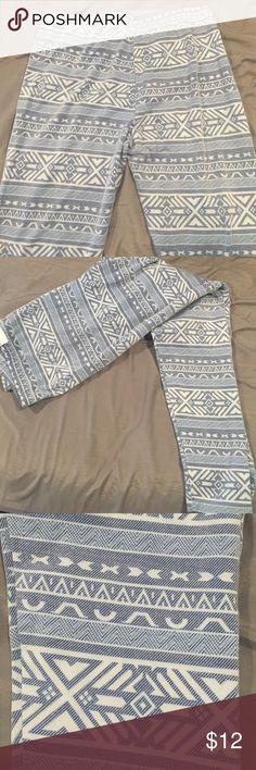 Tribal print leggings Light blue and white tribal print leggings - juniors section at kohls. Never worn, tag is ripped off. Pants Leggings