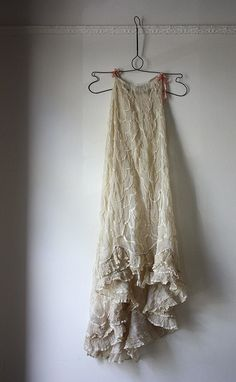~ 'underskirt'........JUST TIE A RIBBON AROUND THE MIDDLE AND YOU HAVE THE LATEST-STYLE SUMMER FROCK...........ccp