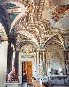 Villa in Lucca for your wedding Day! Wedding Events, Wedding Day, Weddings, Lucca, Friends Family, Barcelona Cathedral, Destination Wedding, Villa, Painting