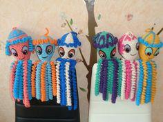 Tricotez ou crocheter une pieuvre pour un prématuré Site : http://petitepieuvresensationcocon.weebly.com/