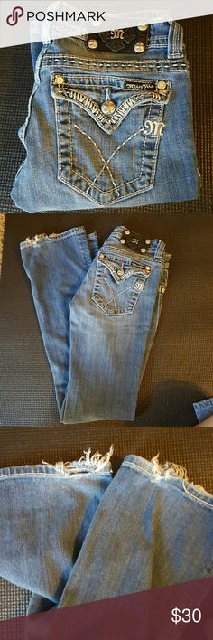 Miss me jeans Miss me jeans prefect condition over than some fraying at the ends. 26/26 boot Miss Me Jeans